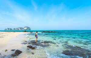 Bamboo-Island-in-Phi-Phi 2